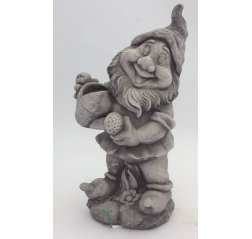 A gnome and watering can-thumbnail