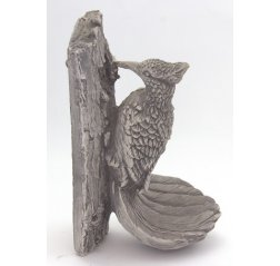 Woodpecker wall statue-thumbnail