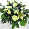 Low white bouquet-thumbnail