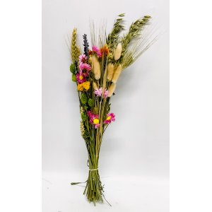 Grainy and colorful bunch of dried flowers  T_PRODUCT_IMAGE